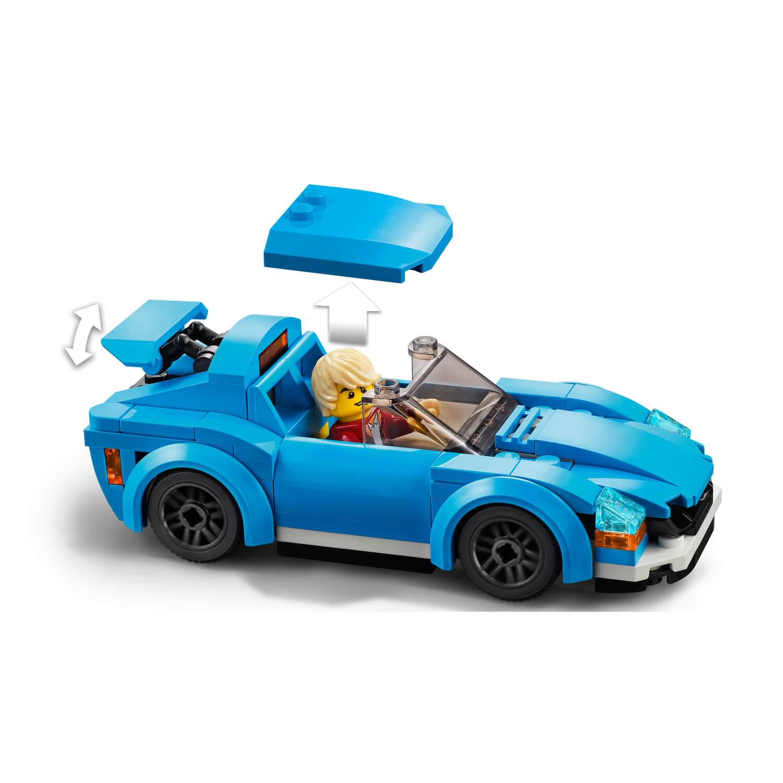 60285 Sportski auto